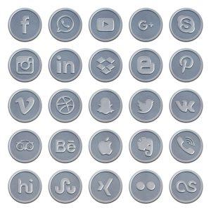 social-media-1515993_640